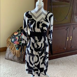 Dress Black and white size small